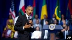 美國總統奧巴馬於去年在華盛頓接見非洲青年領袖時發表講話。