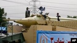 이란의 샤하브-3 탄도미사일.