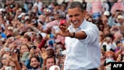 Обама выступает в Детройте в День труда. 5 сентября. 2011г.