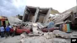Destruction in Port-au-Prince, Haiti, 15 Jan 2010