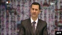 6일 연설 중인 바샤르 알 아사드 시리아 대통령.