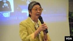 香港前法律界立法會議員吳靄儀 (美國之音湯惠芸拍攝)
