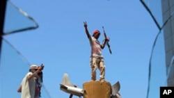 عالمی طاقتوں کا لیبیا کے ساتھ تعلقات پر غور