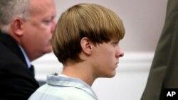 Dylann Roof xuất hiện tại một phiên tòa ở Charleston, South Carolina hôm 16/7/2015.
