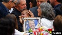A morte do candidato Eduardo Campos relançou os dados na corrida eleitoral brasileira