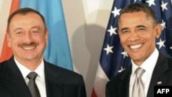 Prezident Əliyev Amerika prezidentinin ad gününü təbrik edib