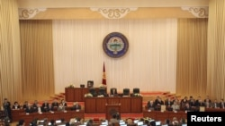 Зал заседаний кыргызского парламента (архивное фото)