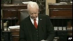 Le sénateur Robert Byrd avait soutenu la candidature de Barack Obama à la présidence en 2008
