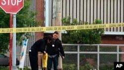 """La policía dijo que es muy pronto para asegurar que el homicida, que gritó """"Alá es grande"""" durante el ataque, está vinculado con algún grupo o causa terrorista."""