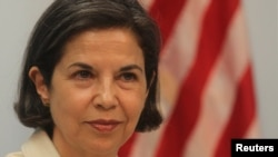 Esta es la tercera vez que la secretaria de Estado adjunta para la Seguridad Civil, Democracia y Derechos Humanos de EE.UU., María Otero, viaja a Honduras.