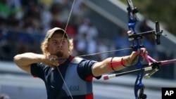 US archer Brady Ellison (photo from Oct. 2011)