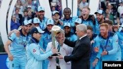 انگلینڈ پہلی بار ورلڈ کپ جیتنے میں کامیاب ہوا ہے۔