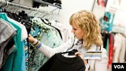Además de los vendedores de autos se vieron favorecidas las tiendas de ropa, accesorios e indumentaria deportiva.