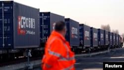 Untuk pertama kalinya, kereta angkutan China beroperasi langsung ke London, Inggris 18 Januari lalu.