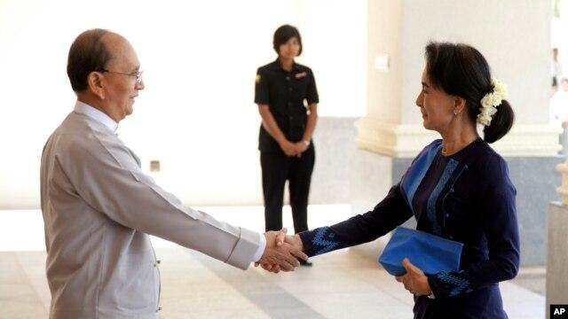myanmar-leaders-hold-landmark-meeting-but-no-breakthroughs