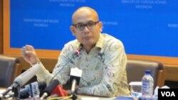 Juru bicara Kementerian Luar Negeri Indonesia Armanatha Nasir. (VOA/Fathiyah)