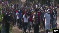 En images : émeutes à Libreville après la publication des résultats de la présidentielle