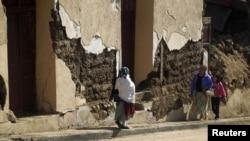 Gempa hari Kamis di Guatemala merusak rumah-rumah di kota San Marcos, Guatemala (8/11).