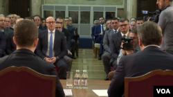 Razgovor predsednika Srbije Aleksandra Vučića sa predstavnicima kosovskih Srba,Foto: VOA