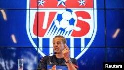 Jurgen Klinsmann tuvo palabras de elogio para la selección de Brasil, a quienes dijo, espera no enfrentar, en una posible clasificación de su equipo a cuartos de final.