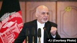 رئیس جمهور افغانستان می گوید که امیدوار است خشم بعضی همسایهها موجب افتخار ملی برای مردمان کشورش باشند.