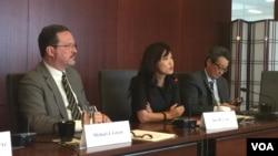 戰略與國際研究中心的專家就川金會舉行媒體吹風會(美國之音莉雅拍攝)