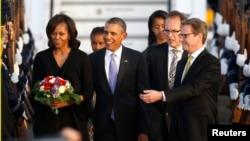 奧巴馬總統攜第一夫人抵達柏林