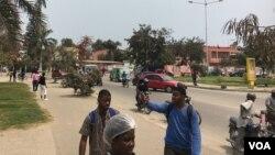 Motoqueiros protestam contra polícia em Benguela