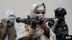 طالبانو نن په یو بیان کې ویلي چې د خپل پخواني مشر ملا محمد عمر اخوند په نوم یې په ټول افغانستان کې پسرلني عملیات پیل کړي.