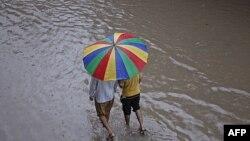 Çində leysan yağışları itkilərə bais olub