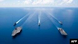 Hàng không mẫu hạm USS Ronald Reagan. Hình minh họa.