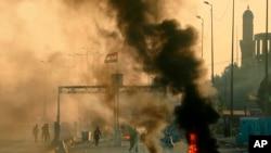 Selon un bilan officiel, plus de 100 personnes ont été tuées dans les violences en Irak, en grande majorité des manifestants, et plus de 6.000 blessées.. (AP Foto / Hadi Mizban)