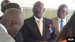 UDr. David Parirenyatwa okade esesibhedlela seMpilo ngoMvulo.