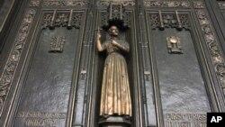 La restauración de la catedral San Patricio es la más costosa que se realiza desde la década de 1940 con un costo de 175 millones de dólares.