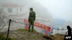 Binh sĩ Trung Quốc trên khu vực biên giới với Ấn Độ.