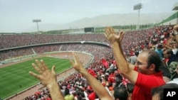 """میدان ورزشی """"آزادی تهران"""" با ظرفیت ۱۰۰ هزار تماشاچی میزبان رقابت افغانستان - جاپان"""