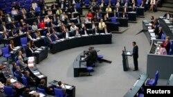 Sednica Bundestaga, donjeg doma nemačkog parlamenta, na kojoj je održana debata o priznavanju simoblične rezoloucije o genocidu Turaka nad Jermenima