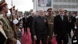 印度總理莫迪與阿富汗阿卜杜拉會面(2015年12月25日)