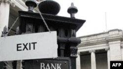 İrlanda'nın Kredi Notu Düşürüldü