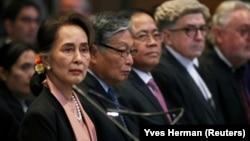 Bà Suu Kyi trong một phiên toà tại Toà án Quốc tế ở La Haye vào năm 2019.