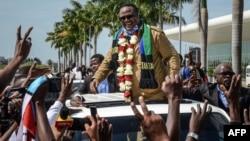 Tundu Lissu arrive à Dar es Salaam, en Tanzanie, le 27 juillet 2020. (Photo AFP)