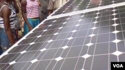 Les cellules solaires organiques coûtent nettement moins cher que les paneaux solaires à base de silicone