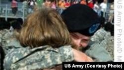 听众信箱:外国人可以参加美军吗?