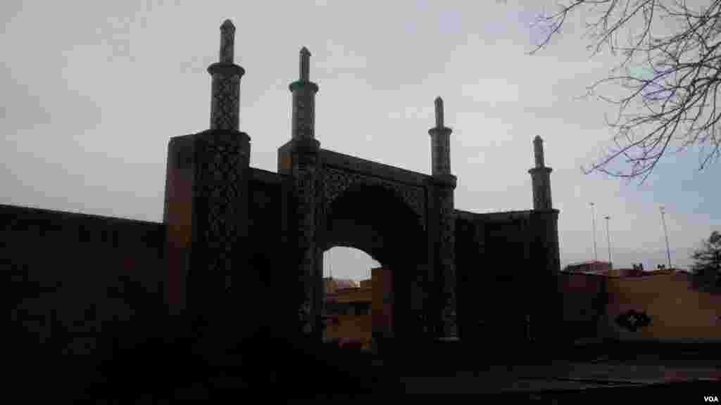 دروازه درب کوشک قزوین عکس: امید (ارسالی شما)