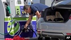Nestašića benzina trenutno najveća briga na Floridi