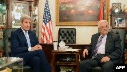 美國國務卿克里星期六在約旦會晤了巴勒斯坦領導人阿巴斯。