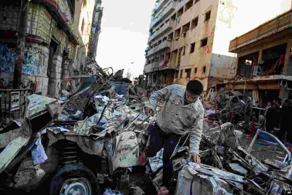 Mənsur şəhəri Polis Baş Qərargahına edilən bomba hücumu - Misir, 24 dekabr, 2013