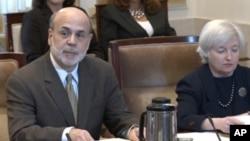 Бернанке најавува нови методи за стимулирање на економијата