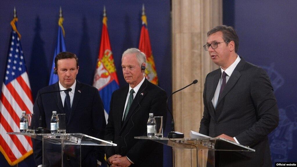 Senatorët amerikanë: Kosova dhe Serbia duhet të japin e të marrin në bisedime