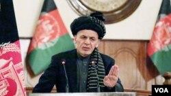 افغان ولسمشر وايي، د اداري اصلاحاتو د کمیسیون په چارو کې، پخپله مداخله نه کوي وي او بل چا ته هم د مداخلې اجازه نه ورکوي.